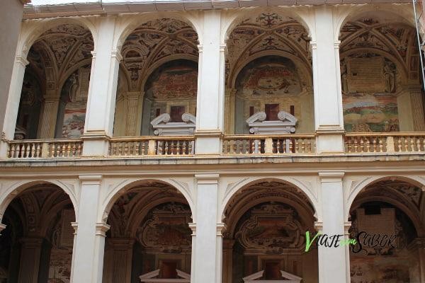 Patio del Palacio del Marqués de Santa Cruz ViajeconSabor